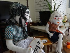 u-knitt dolls